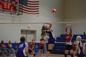 NCMS Volleyball Team Picks up some Wins at Hiawatha